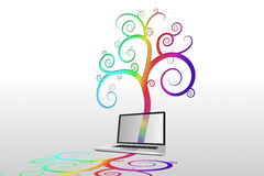 Laptop mit buntem gewundenem Design Stockbilder