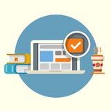 Laptop mit Checkbox, Büchern und Kaffee Lizenzfreie Stockbilder