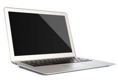 Laptop mit dem leeren Bildschirm lokalisiert auf Weiß Lizenzfreie Stockbilder