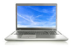 Laptop mit Himmel Screensaver Lizenzfreie Stockfotos