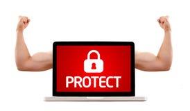Laptop mit schützen Zeichen und muskulösen zweiköpfigen Muskel Stockbild