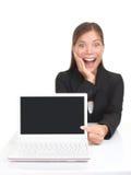 Laptop/netbook Exemplarplatzfrau Lizenzfreie Stockbilder