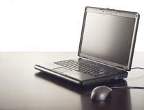 Laptop op lijst Stock Foto's