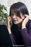 laptop phone woman Στοκ φωτογραφία με δικαίωμα ελεύθερης χρήσης