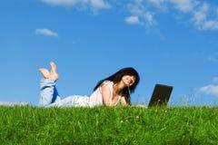 laptop pretty woman Obrazy Royalty Free