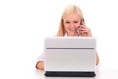 laptop się kobiety Zdjęcia Stock
