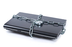 Laptop slot met kettingen stock afbeeldingen