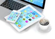 Laptop-, Telefon- und Tablette-PC Stockbild