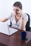laptop typ kobiety Fotografia Royalty Free