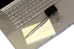 Laptop u. stationäres Stockfotografie