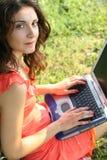 Laptop vrouw Stock Foto's