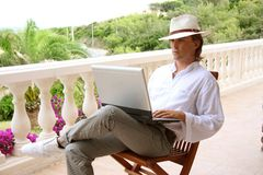 laptop wakacyjne obraz royalty free