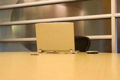laptopa konferencji pda pokoju stół Fotografia Royalty Free