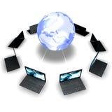 Laptope um die Welt Stockfotos