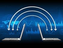 Laptops mit Pfeilen und Diagrammen Lizenzfreies Stockfoto