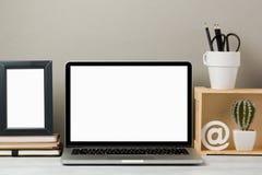 Laptopu egzamin próbny up obrazy royalty free