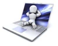 laptopu lying on the beach mężczyzna biel Fotografia Stock