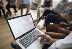 Laptopu networking wydarzenia Seminaryjny pojęcie Obrazy Royalty Free
