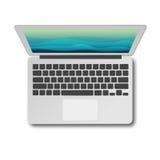 Laptopu odgórny widok z cieniem odizolowywającym na bielu Zdjęcie Royalty Free