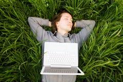 laptopu odpoczynek Zdjęcia Royalty Free