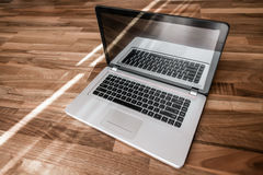 Laptopu stół Fotografia Royalty Free