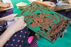 Laquer trabalha em Bagan Myanmar fotografia de stock royalty free