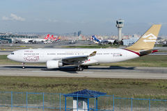 5A-LAR lignes aériennes arabes libyennes Airbus A330-202 Image libre de droits