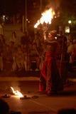Lara Castiglioni y demostración del fuego Fotos de archivo