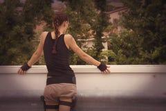 Lara-Kate - Grab-Überfallflugzeug Cosplay Lizenzfreies Stockbild