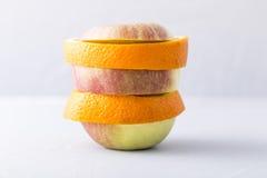 Laranja e maçã Imagem de Stock