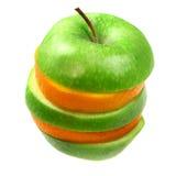Laranja e maçã na pirâmide fotos de stock royalty free