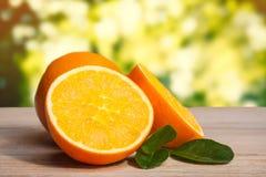 laranja no assoalho de madeira, Foto de Stock Royalty Free