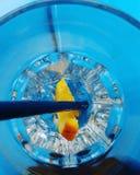 Laranja no azul Foto de Stock