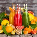 Laranja, suco de laranja do sangue e limonada Imagem de Stock Royalty Free