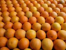 Laranjas do mercado Imagem de Stock Royalty Free