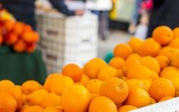 Laranjas do mercado do fazendeiro Foto de Stock Royalty Free