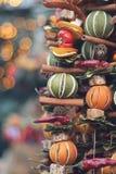Laranjas secadas em uma corda Fotografia de Stock Royalty Free