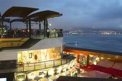 Larcomar shoppinggalleria i Miraflores, Lima, Peru Arkivbild