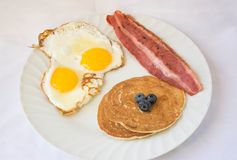 Lard de la Turquie, Sunny Side Up, crêpe prête pour le petit déjeuner Photographie stock