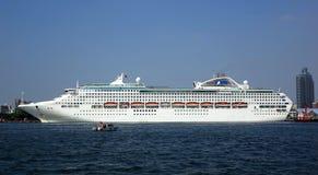 Large Cruise Ship Docks in Taiwan Royalty Free Stock Photos