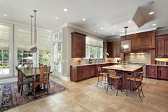 Large kitchen with eating area Royalty Free Stock Photos