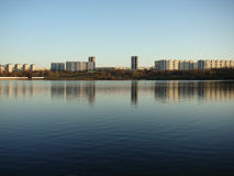 A large lake in the city Royalty Free Stock Photos