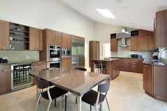 Large luxury kitchen Royalty Free Stock Images