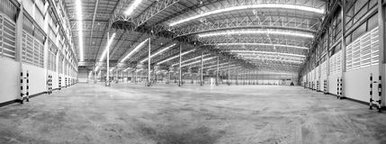 Large modern empty storehouse Royalty Free Stock Photography