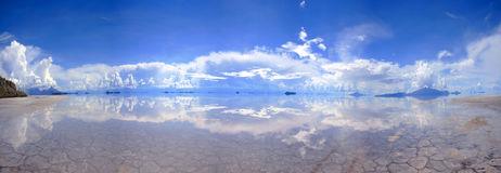 Large Panorama of reflective salt-flats in Bolivia Stock Photos