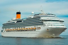 Large royal cruise liner Royalty Free Stock Photos