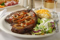 Large steak dinner Royalty Free Stock Photos