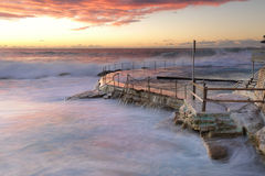 Large swell att Bronte Beach Stock Photos