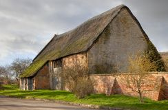 Large thatched barn, England Royalty Free Stock Photo