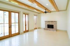 Large unfurnished livingroom Royalty Free Stock Photography
